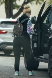 Heidi Montag - Running Errands in the Palisades 04/24/2021