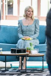 Holly Willoughby - This Morning TV Show in London 03/30/2021