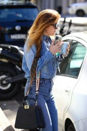 Isla Fisher at White Rabbit Cafe in Double Bay 04/13/2021