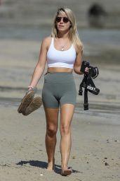 Jaimie Gardner - Beach in Sydney 04/04/2021