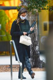Jessica Alba - Out in Los Angeles 04/26/2021