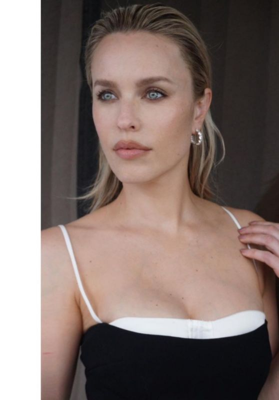 "Jessica McNamee - ""Mortal Kombat"" Press Photoshoot 2021"