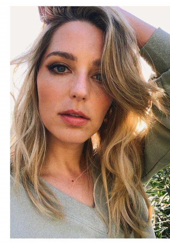 Jessica Rothe - 2021 Photoshoot