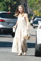 Julianne Hough With a Basket Full of Easter Goodies 04/04/2021