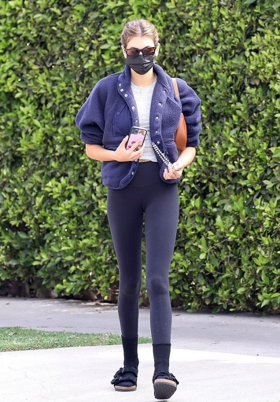 Kaia Gerber - Out in West Hollywood 04/03/2021