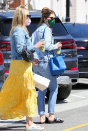 Katherine Schwarzenegger - Out in the Palisades 04/09/2021