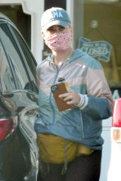 Katy Perry - Out in Montecito 04/21/2021
