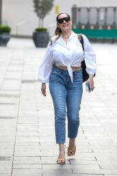 Kelly Brook - Out in London 04/01/2021