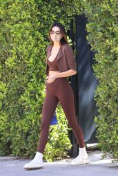 Kendall Jenner in Workout Outfit – Los Angeles 04/07/2021