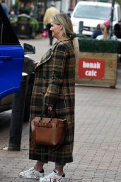 Kerry Katona - Shopping at Tanya Bardsleys Boutique in Wilmslow in Cheshire 04/27/2021