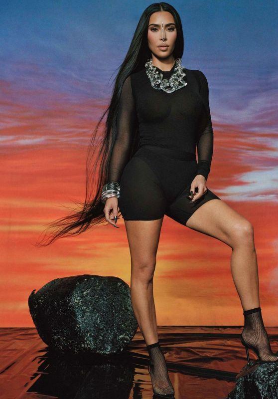 Kim Kardashian Outfit 04/20/2021 (III)