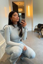 Kylie Jenner 04/06/2021
