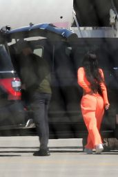 Kylie Jenner - Airport in Palm Springs 04/01/2021