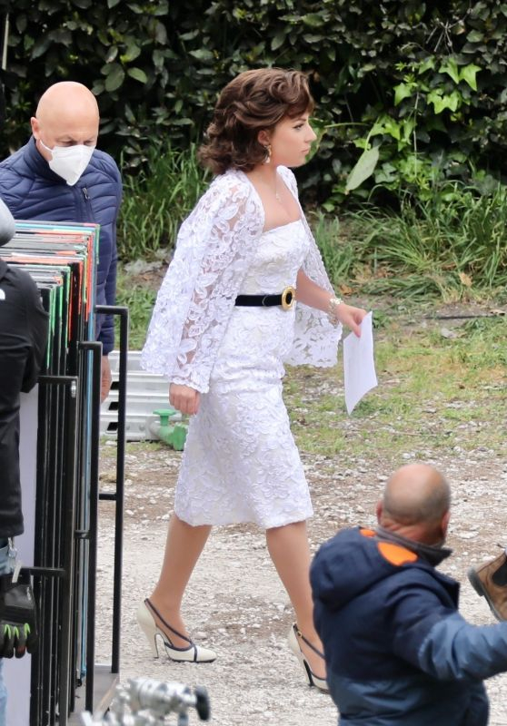 """Lady Gaga - """"House of Gucci"""" Filming Set in Rome 04/07/2021"""