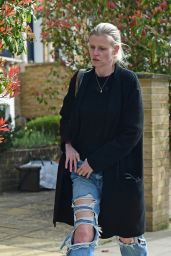 Lara Stone in Ripped Jeans - London 04/05/2021