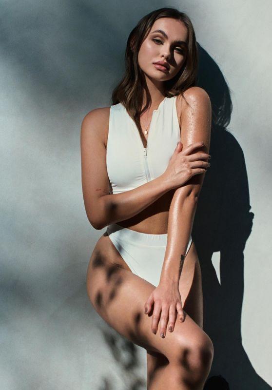 Lily Easton - Photoshoot for Scrub Your Mood April 2021