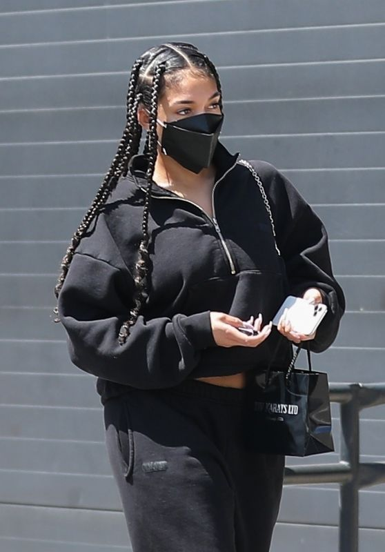 Lori Harvey - Shopping For Jewelry at XIV Karats Ltd Store in Beverly Hills 04/10/2021