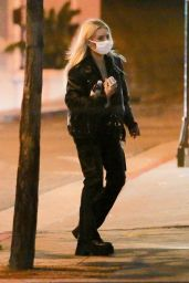 Lottie Moss - Out in West Hollywood 04/03/2021