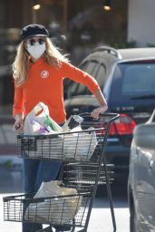 Meg Ryan - Grocery Shopping in Santa Barbara 04/06/2021