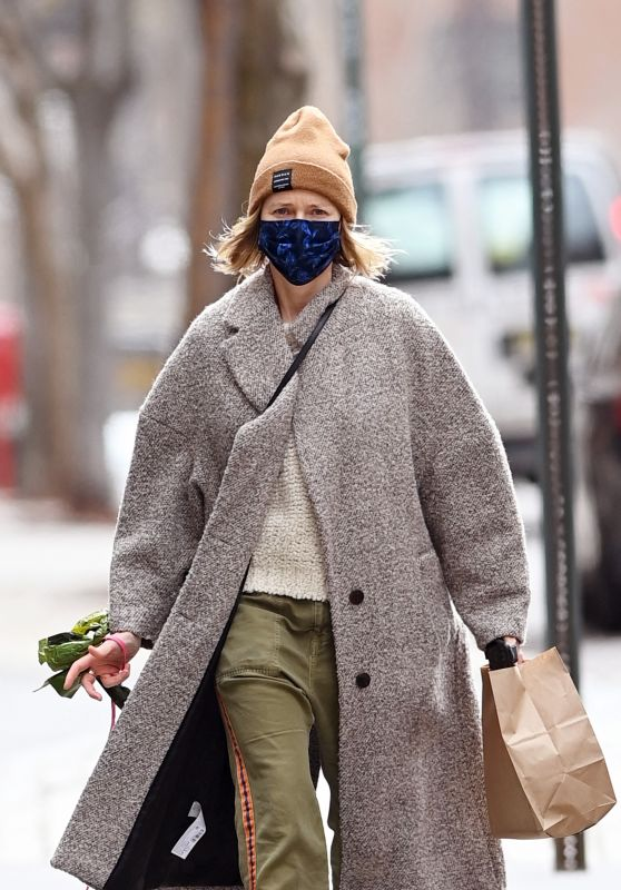 Naomi Watts - Out in New York 04/02/2021