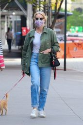 Naomi Watts - Out in New York City 04/28/2021