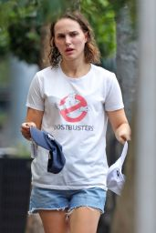 Natalie Portman - Running Errands in Sydney 04/01/2021