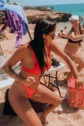 Nicole Scherzinger in Hawaii 04/12/2021