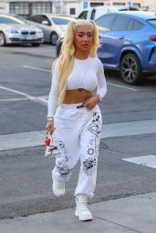 Nikita Dragun Street Style - Beverly Hills 04/29/2021