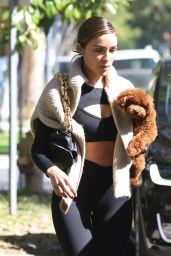 Olivia Culpo in Workout Outfit 04/28/2021