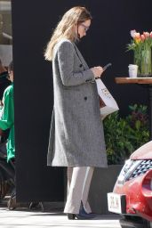 Olivia Wilde at a Marylebone Patisserie in Central London 04/22/2021