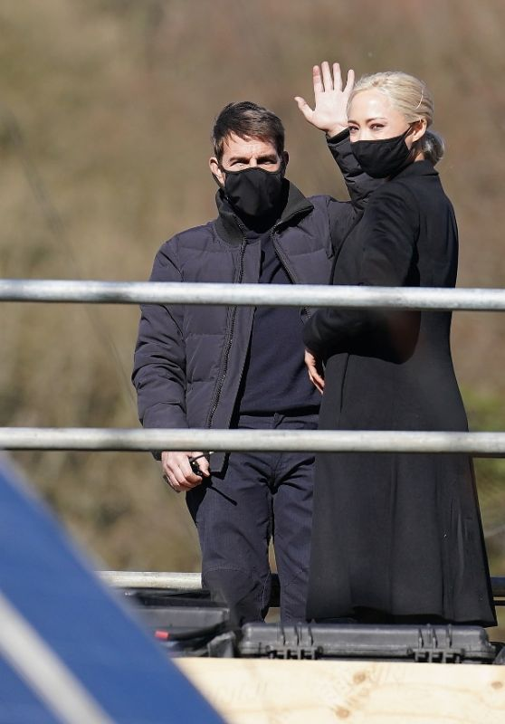 """Pom Klementieff, Hayley Atwell and Tom Cruise Filming """"Mission Impossible 7"""" in North Yorkshire 04/23/2021"""