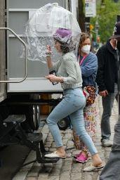"Rachel Brosnahan - ""The Marvelous Mrs. Maisel"" Set in NYC 04/15/2021"