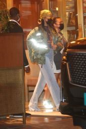 Rihanna - Leaves Sunset Tower Hotel in Los Angeles 04/25/2021