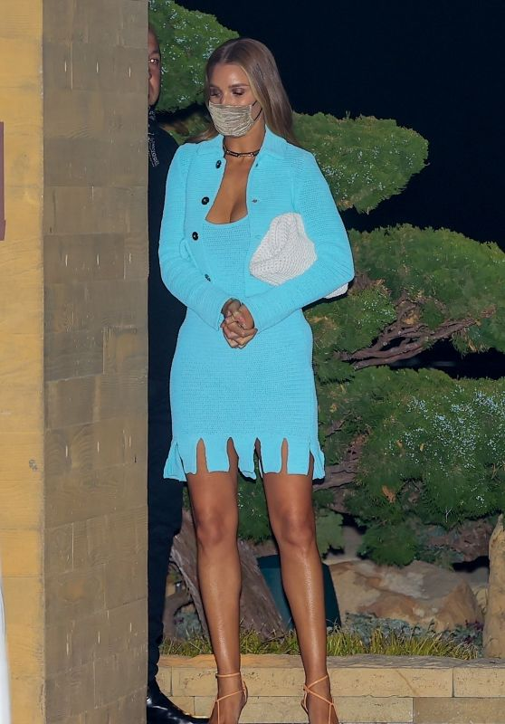 Rosie Huntington-Whiteley in a Blue Outfit at Nobu in Malibu 04/28/2021