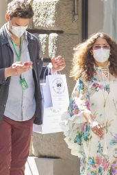 Salma Hayek Street Style - Rome 04/02/2021