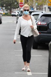 Sandra Lee - Out in Brentwood 04/21/2021