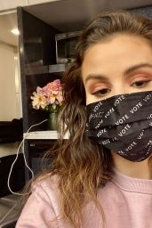 Selena Gomez 04/26/2021