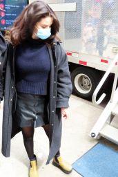 Selena Gomez - Arrives on Film Set in NYC 04/09/2021