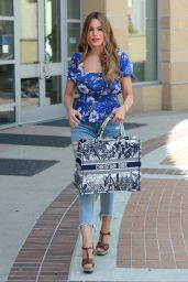 Sofia Vergara Street Style - Los Angeles 04/10/2021