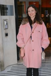 Sophie Ellis-Bextor in a Pink Coat and Faux Fur Collars 04/05/2021