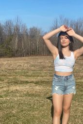 Sophie Michelle – Live Stream Video and Photos 04/18/2021