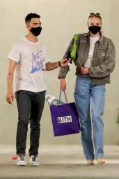 Sophie Turner - Shopping in LA 04/21/2021