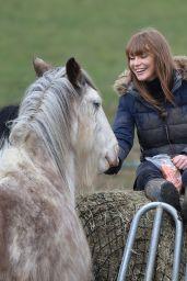 Summer Monteys-Fullam - Feeding Her Horses 04/05/2021