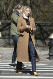 "Tavi Gevinson - ""Gossip Girl"" Set in New York 04/06/2021"