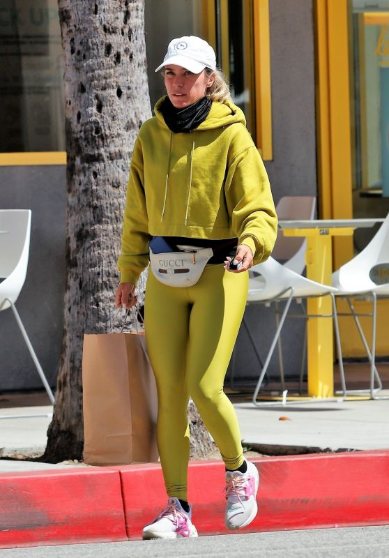 Teddi Mellencamp - Out in Studio City 04/18/2021
