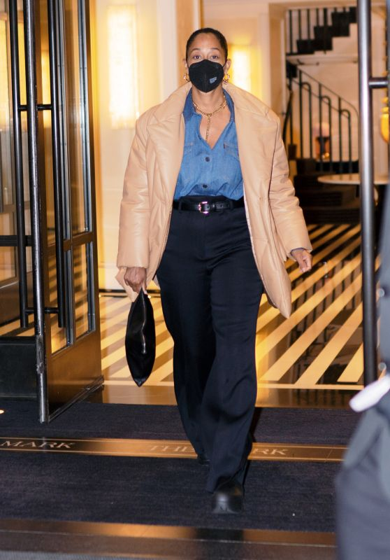 Tracee Ellis Ross - Out in New York City 04/14/2021