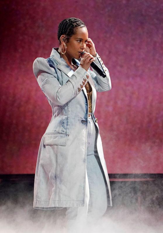 Alicia Keys – Performing Live at the 2021 Billboard Music Awards