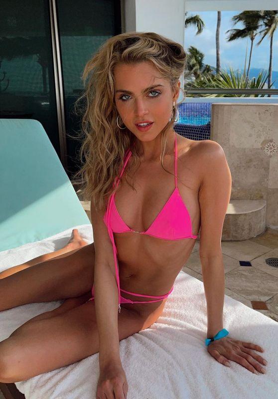 Anne Winters - Modeliste Magazine May 2021