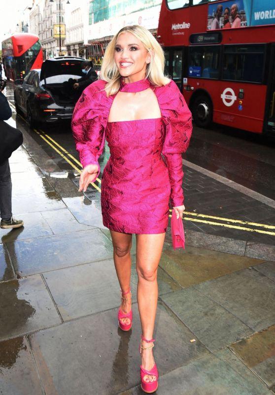 Ashley Roberts - Drag Queens of Pop Press Night in London 05/18/2021