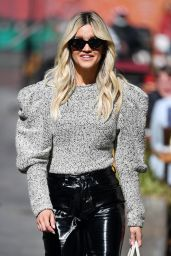 Ashley Roberts in Sizzling PVC Trousers and a Chic Statement Top 05/07/2021